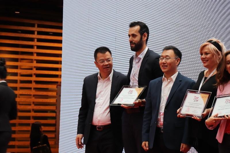 qwine-awards-cina